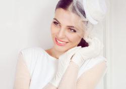 Handschuhe sind ein luxuriöses Accessoire für die Braut