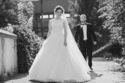 wunderschöne Brautmode für kurvige Bräute