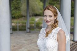 raffinierte Schnitte sorgen für den perfekten Halt des Brautkleides