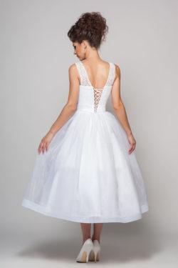 Brautkleid in Midi-Länge in der Rückenansicht