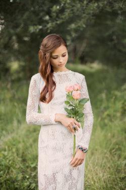 außergewöhnliches Brautkleid aus feinster Spitze