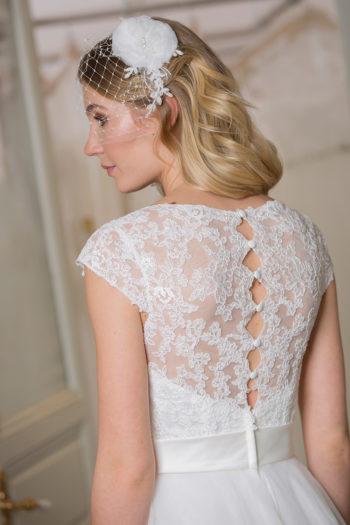 Das-Atelier-Zauberhaft-Brautkleid-rueckenfrei