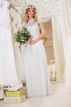 Das-Atelier-Zauberhaft-Vintage-Brautmode