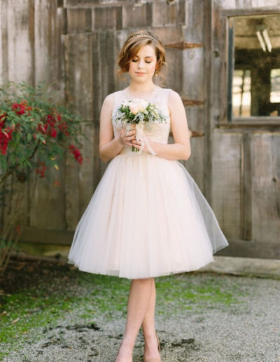 Das-Atelier-Zauberhaft---kurze-Brautkleider-1