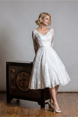 Das-Atelier-Zauberhaft---kurze-Brautkleider-7
